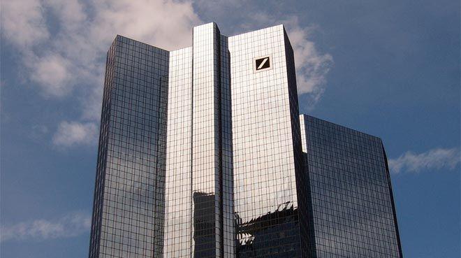 Deutsche Bank, borsalardan çıkıyor mu?