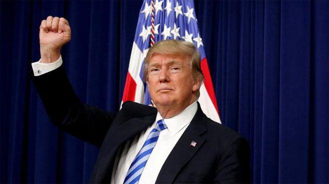 Trump`tan bütçeye Meksika duvarı resti