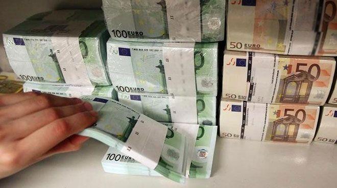 Almanya`dan 150 milyar euroluk acil durum bütçesi