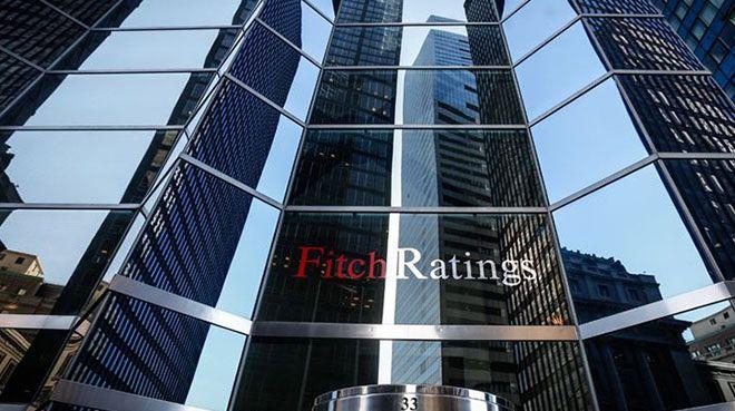 Fitch, İtalya`nın kredi notunu düşürdü