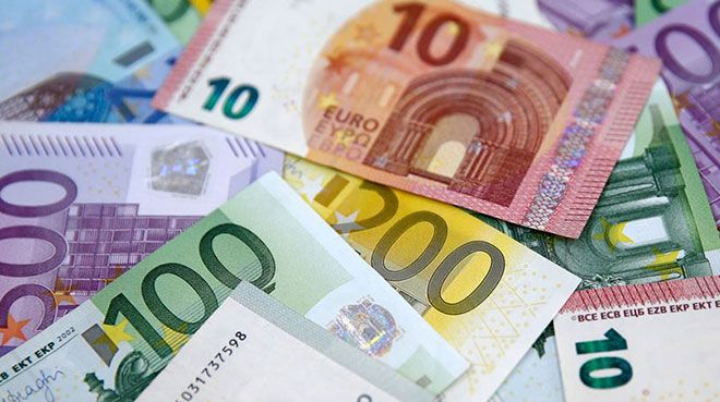 İtalya`da işletmelere 400 milyar euro destek