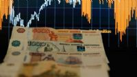 Rusya ekonomisi daraldı