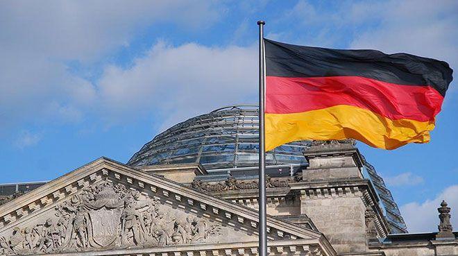 Almanya`da sanayi üretimi şubatta arttı