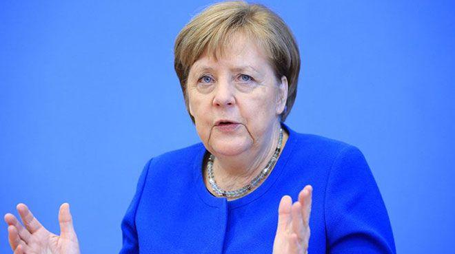 Merkel`den bütçe ve kurtarma programında anlaşma çağrısı