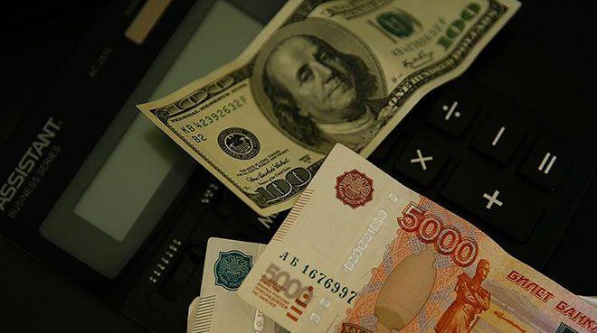 Rusya günde 100 milyar ruble kaybediyor