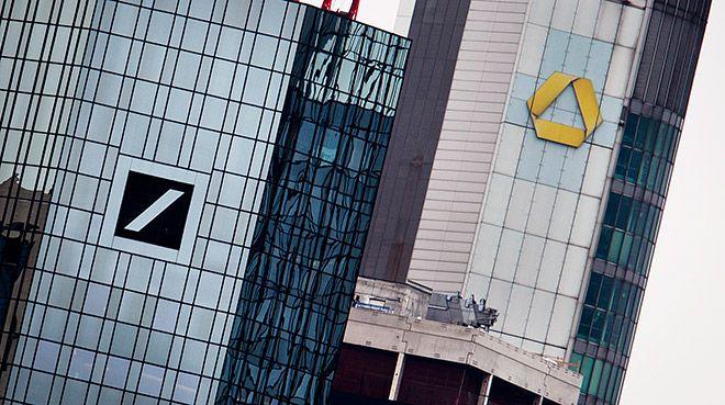 Almanya`nın iki bankası, birleşme için ön görüşmeler yapıyor