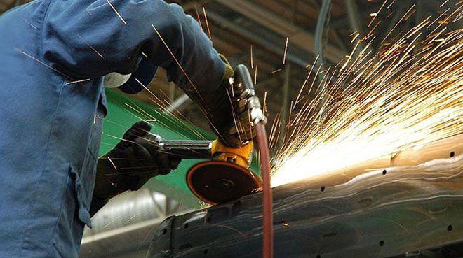 Avrupa Birliği`nde sanayi üretimi sert düştü