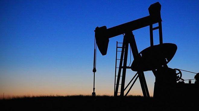 `Corona virüsle ilgili belirsizlik petrol fiyatlarını düşürdü`