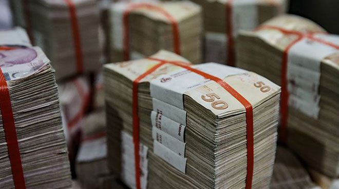 Hazine 9,8 milyar lira borçlandı