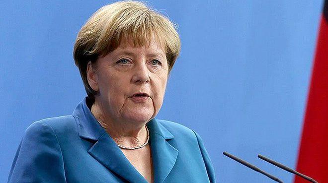 Merkel: Fransa ile ortaklaşa 500 milyar euroluk fon önerme kararı aldık