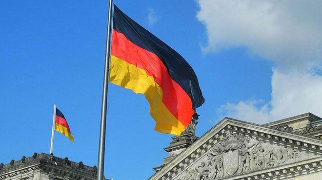 Almanya`nın ekonomik büyümesi yavaşladı