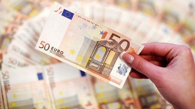 İtalyan ekonomisi `teknik küçülmeye` girdi