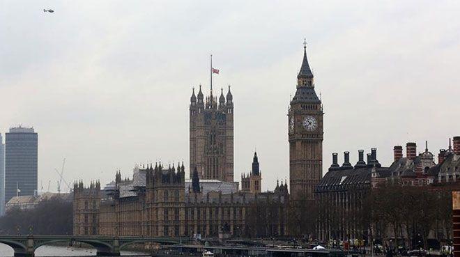 İngiltere`de konut fiyatlarında 11 yılın en sert düşüşü