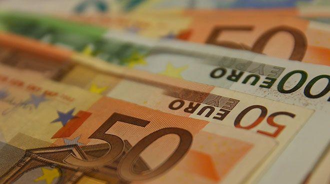 İtalya hükümetinden Popolare di Bari`ye 900 milyon euro