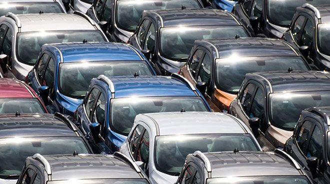 AB`de otomobil satışları nisanda `çakıldı`