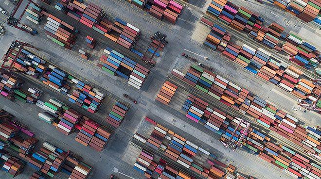 AB`nin dış ticareti martta düştü