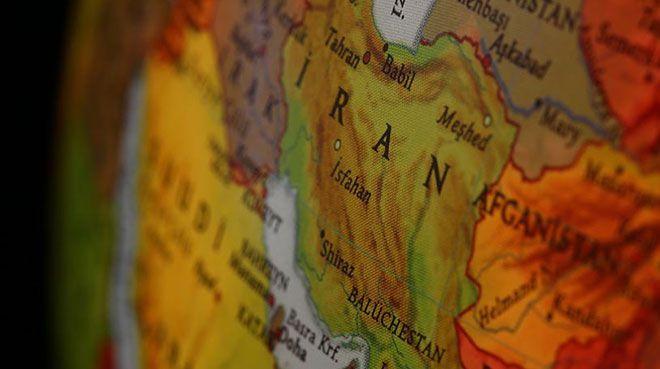 İran`da 1 milyon 500 bin kişi işsiz kaldı