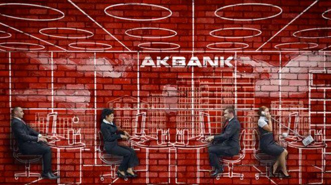 Akbank`tan 2.4 milyarl�k net k�r