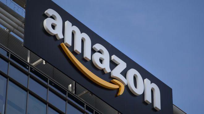 Amazon`un piyasa değeri 900 milyar doları aştı
