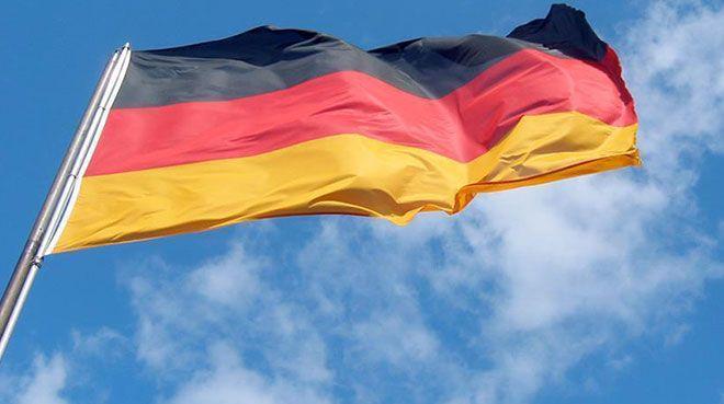 Almanya`da bileşik PMI yükseldi