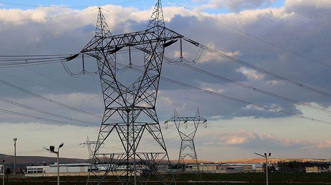 Elektrikte yılın ilk yarısına `yerli ve yenilenebilir` damgası
