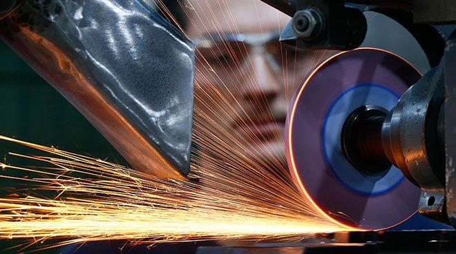Almanya`da sanayi üretimi nisanda düştü