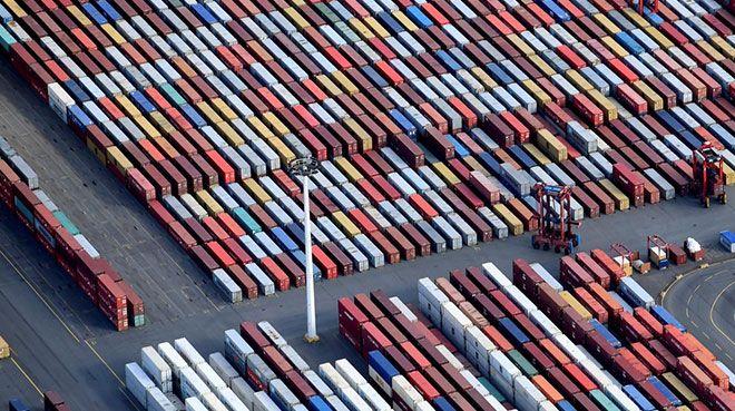 Almanya`da ihracatçıların beklentileri kötüleşiyor
