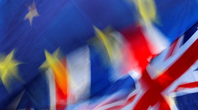 Birleşik Krallık`ta 1 trilyon sterlin diğer AB ülkelerine taşınıyor
