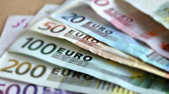 İngiliz şirketleri euro kullanımını azaltacak