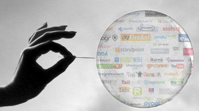 Hisselerdeki balon dot-com`dan b�y�k olabilir!