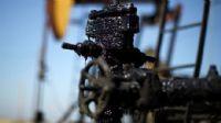 Petrolün fiyatı 56 doları aştı