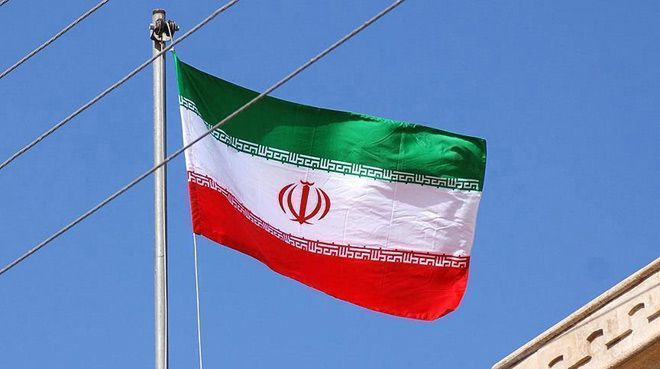 İran`da 66 binden fazla memurun işine son verildi