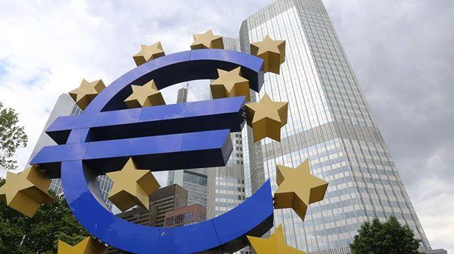 Euro Bölgesi`nde şirket kredileri ivme kaybetti