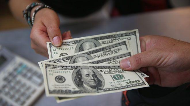 Yabancılar 60 milyon dolarlık hisse sattı