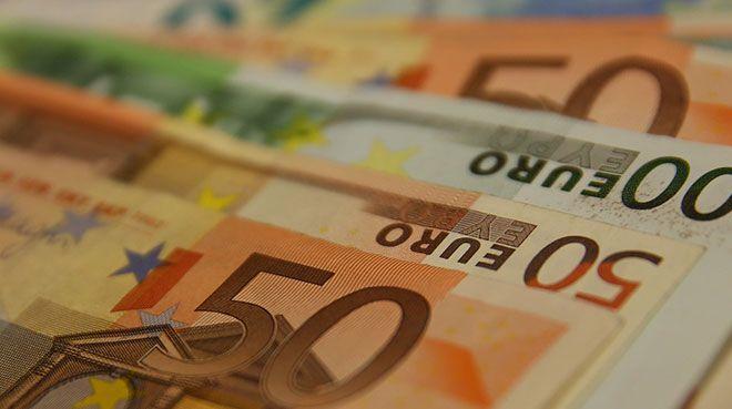 AB`den üye ülkelere 100 milyar euro ücret desteği
