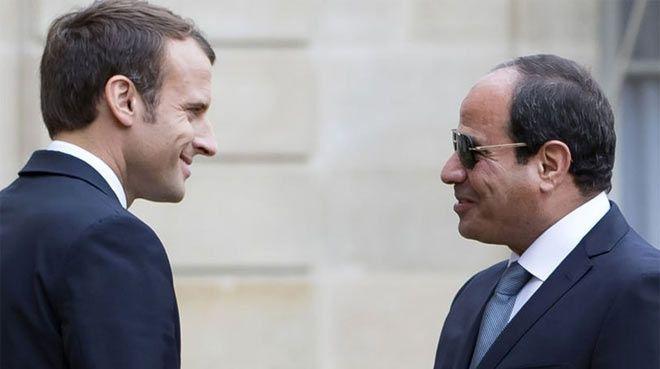 Macron`dan milyar euroluk ziyaret
