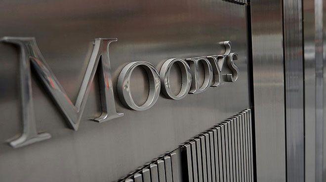 Moody`s İngiltere`nin not görünümünü negatife çevirdi