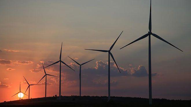 Türkiye, bölgenin `yenilenebilir enerji ihracatçısı` olma yolunda