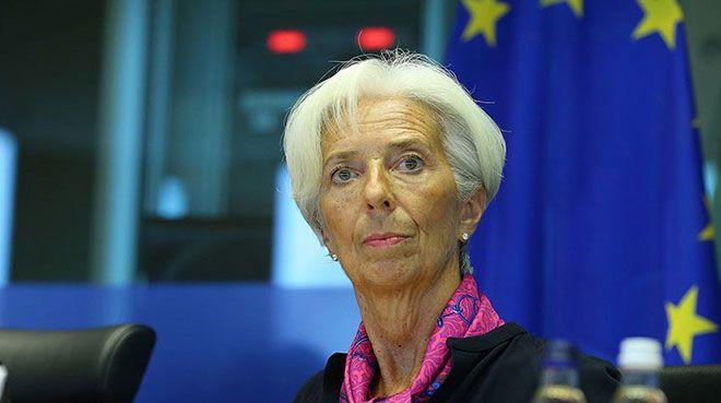 ECB`den parasal teşvik çağrısı