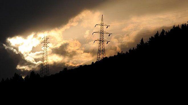 Türkiye`nin elektrik tüketimi şubatta arttı