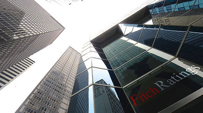 Fitch, Arjantin`in kredi notunu yükseltti