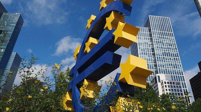 Brexit ile Euro Bölgesi'ne 1,3 trilyon euro geçecek