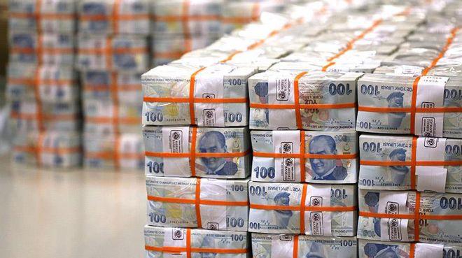 Hazine 2,39 milyar lira borçlandı