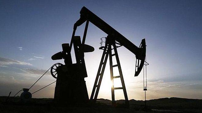 İran 56 dolardan petrol satacak