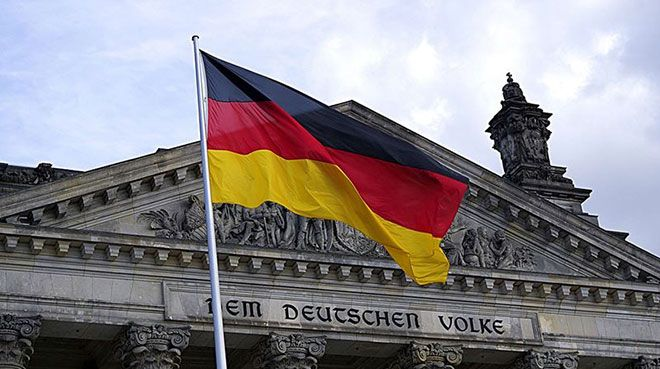 Almanya`da imalat PMI yükseldi