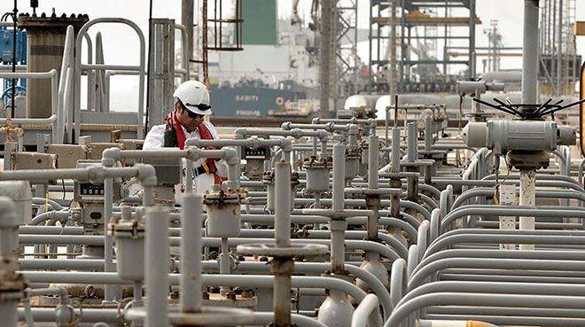 Suudi Arabistan`ın petrol ihracat tutarı azaldı