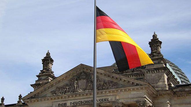 Almanya`da sanayi üretimi mayısta arttı