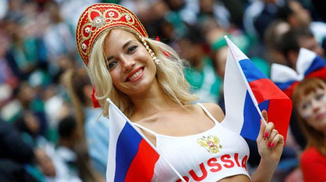 Rus kadınlardan fast food devinin reklamına büyük tepki