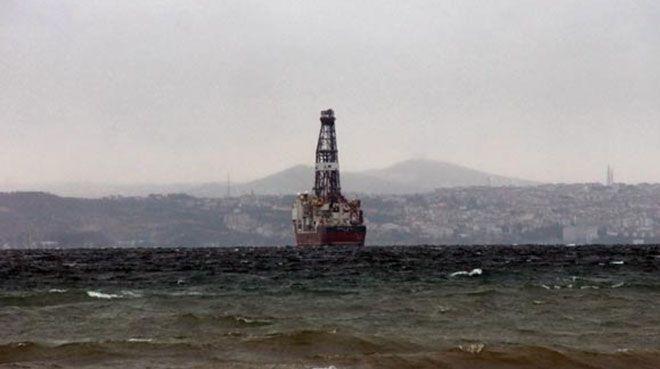 Türkiye`nin yeni sondaj gemisi Yalova açıklarında demirledi