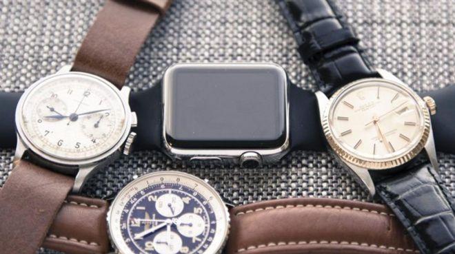 İsviçreli saatçiler Apple`a yenildi